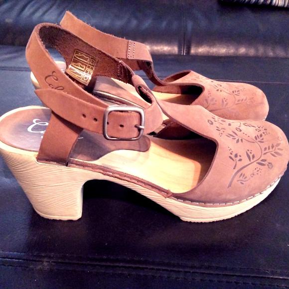 Calou Stockholm Shoes - Calou Clogs - like Swedish Hasbeens Sz 39 8.5 087bf3a88e